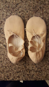 Ballet 13M slippers Cambridge Kitchener Area image 3