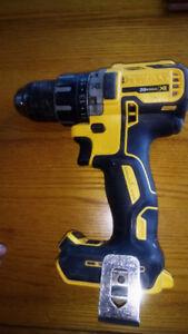 Dewalt 20v max XR  brushless drill
