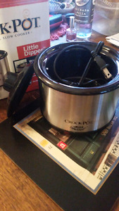 Never used! Small crock pot