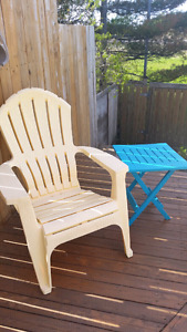 2 Adirondack Chairs and Tables