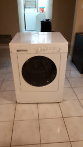 Frigidaire Front Load Washing Machine