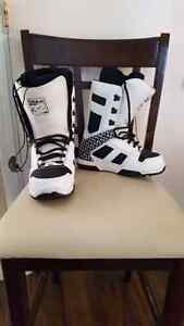 Snowboarding boots - REDUCED