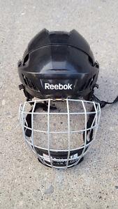 Reebok FM5K Boys Helmet Sz Med