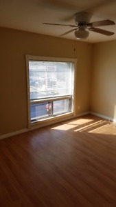 AVAILABLE RIGHT NOW! – 2 BEDROOM FOR RENT IN DOWNTOWN BRADFORD
