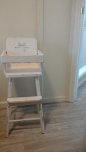 Vintage High Chair for dolls, playtime, make believe