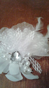 Ladies Bridal Hair Accessory Clip Beads Rhinestone Feather - New