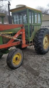 JD 4010 Tractor with 3PH and loader