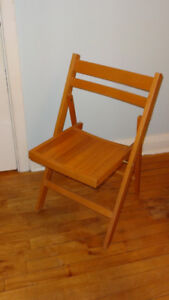 Wooden Lightweight Foldable Chair
