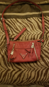 Guess purse, brand new