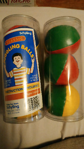 Juggling balls - Brand new $10 for the pair