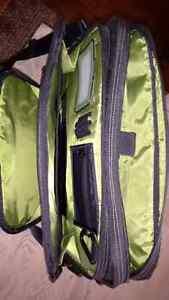 Spruce EcoSmart Messenger Bag by Targas London Ontario image 5