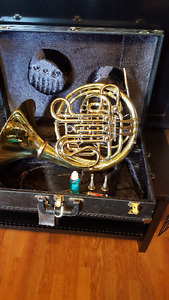 Mint Condition Holton H278 Double French Horn