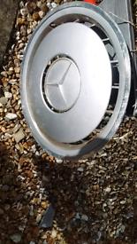 Mercedes wheel trims
