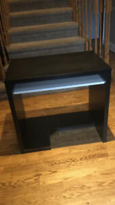 Computer Table - Great condition $20 ONLY