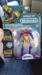 Metroid gravity suit Samus action figure