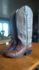 Awesome Ladies Cowboy boots