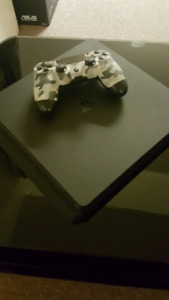 PS4 For Sale (4 games included)