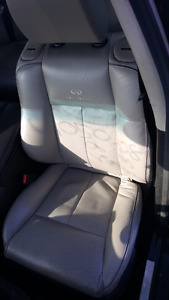 2006 INFINITI  M45 Light Grey Leather seats