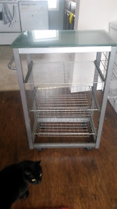 Kitchen rack with glass top