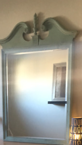 Ethan Allen mirror + 2 other complimentary items for sale also