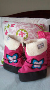 Baby Booties - Girl Size Large