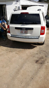 parting out 2009 jeep patriot