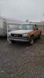 Gmc pick up truck for parts or road. Running West Island Greater Montréal image 1