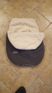 JJ Cole collection: Infant car seat cover