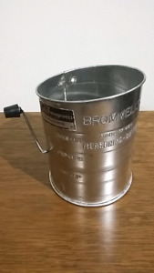 Bromwell's flour sifter made in USA antique vintage kitchen