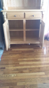 Great condition hutch
