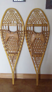 Snow Shoes, Traditional Classic Style, Brand New!