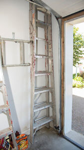 Extension ladder/step ladder combo, 8 to 14 feet