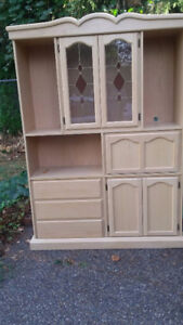 Hutch/China Cabinet - Accepting Offers
