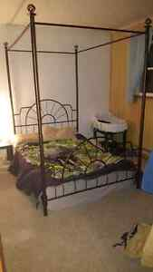 canopy style bed frame