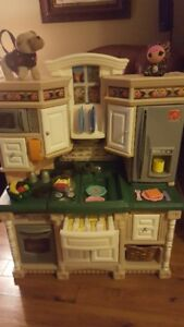 Large Step 2 Kitchen