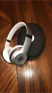 Beats Solo Wireless 3s