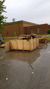 Free pallets / free wood / free firewood