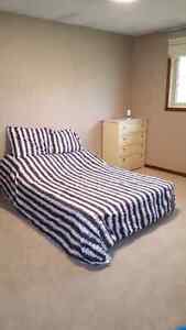 BEAUTIFUL CLEAN ROOM FOR RENT!!
