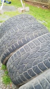4 - 265 65 17 tires $20 for the set or $ 10 each.