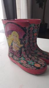 Kids size 9 barrie rain boots