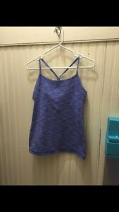 Lululemon Power Y size 8 Mint Condition