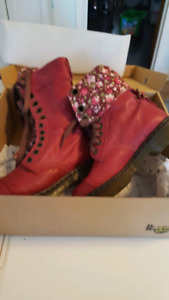 Brand new NEVER WORN Doc Marten boots.