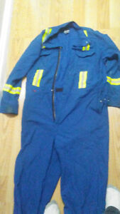 XL coveralls with reflective stripes