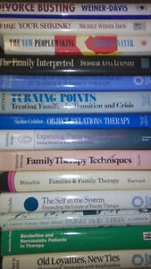 25 Family Therapy Textbooks