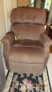 Power Lift and Recliner Chair