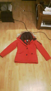 Manteau canada goost rouge