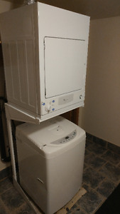 Apartment LG Washer + GE Dryer &Stand