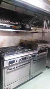 6 burner stove with griddle and 2 ovens in bottom Windsor Region Ontario image 4