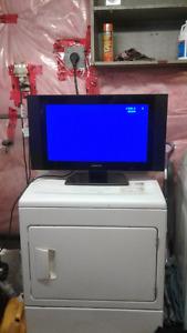 Digistar 23 Inch Flat Screen