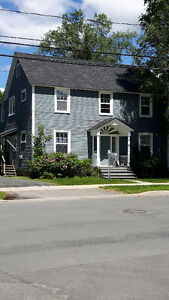 One bedroom apartment close to UNB! Pet friendly!